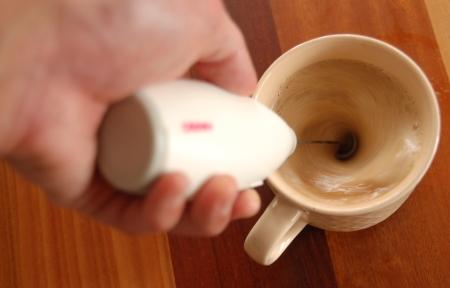 バターコーヒーをブレンダーで撹拌
